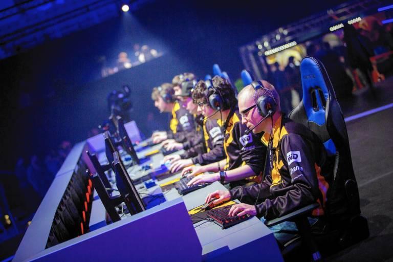 Cómo los eSports llenan el vacío que los deportes han dejado por culpa del coronavirus